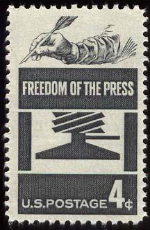 Es necesario contar con más y mejor libertad de expresión, no con una Ley cuyo fin posible es implementar cargas injustificadas a la publicación de contenidos por Internet.