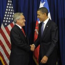 Para lograr  exención de visa, el gobierno de Sebastián Piñera envió un proyecto de ley que facilita el intercambio de datos personales entre Chile y Estados Unidos BY (US Embassy Santiago) -NC - SA